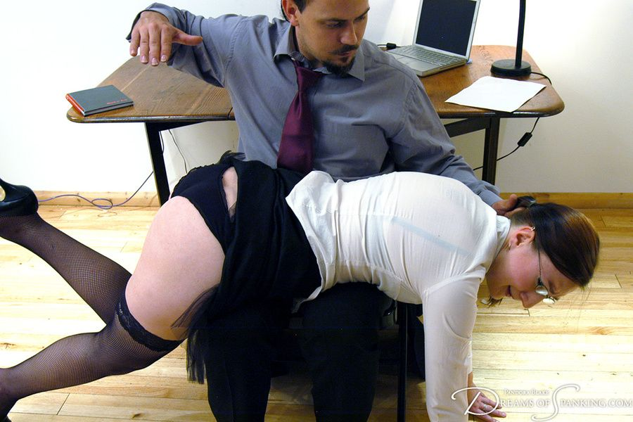 Bear reccomend british secretary spanked