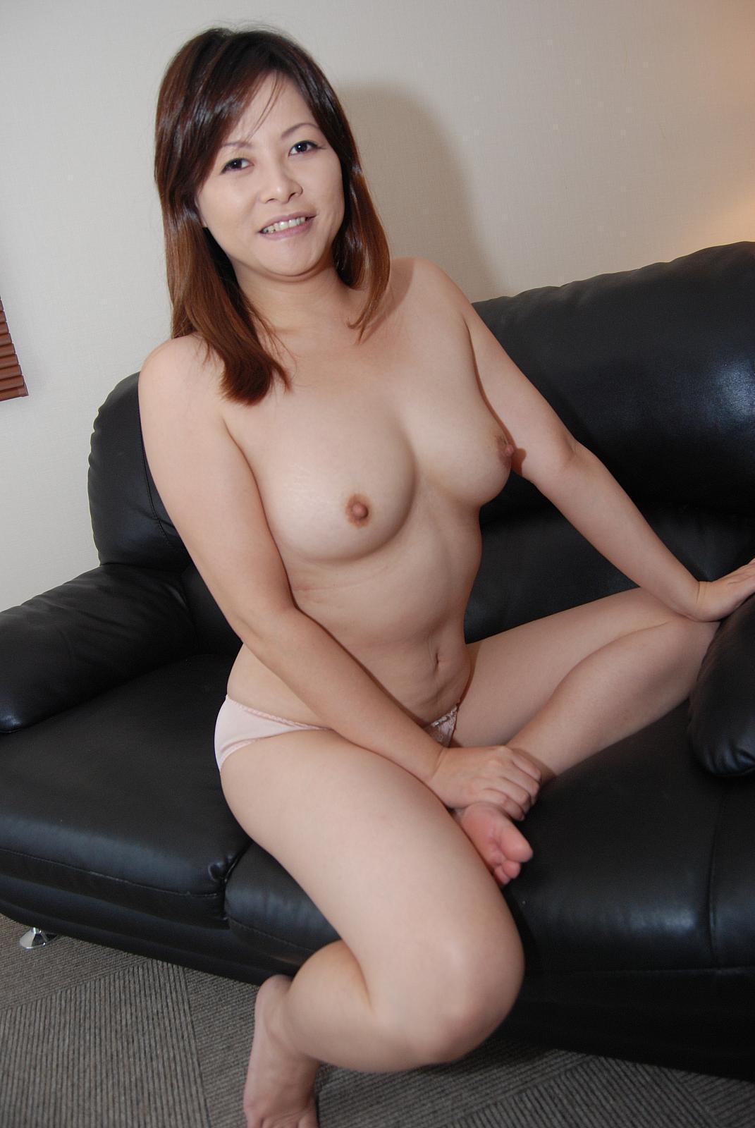 Asian Xxx Porno sexy asian receives an amazing pounding. asian xxx video