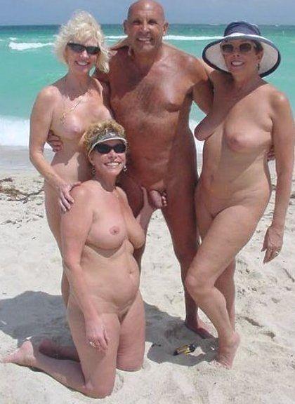 Nudist couple naughty