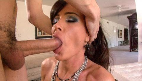 Cristina agulilera new pussy shot