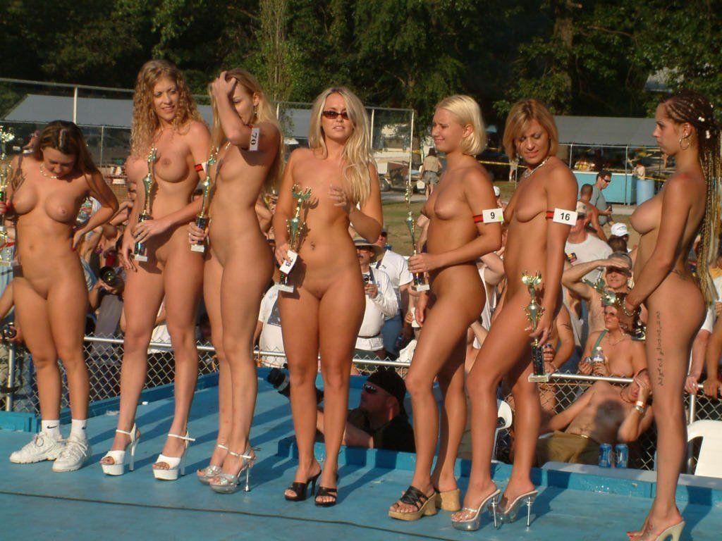 Nudist naturist exhibitionist