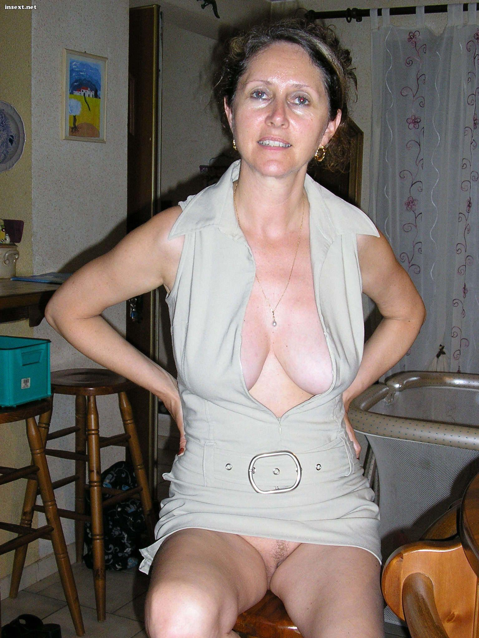 Amateur mature mother galleries