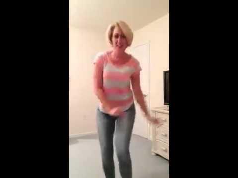 Mature ladies legs dancer