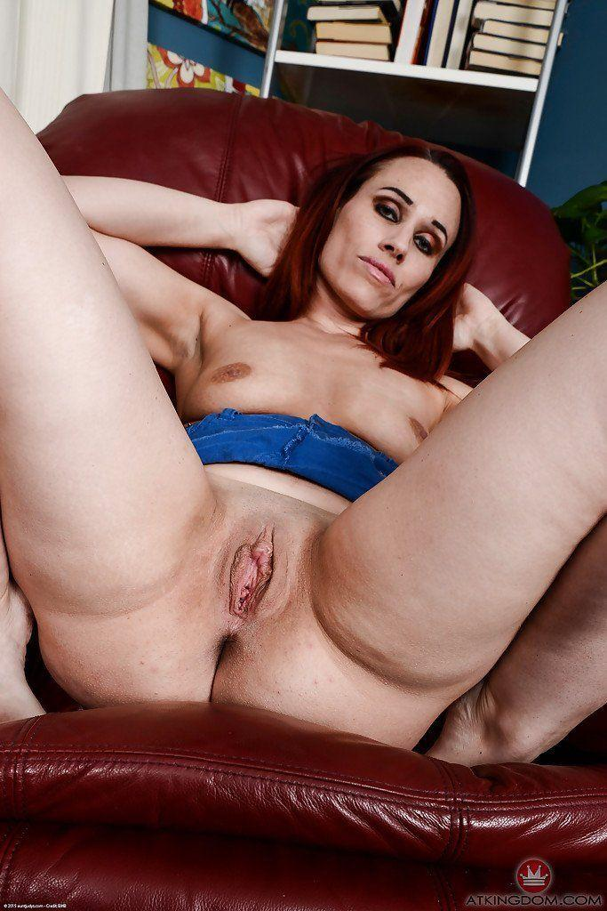 best of Clit Spread mature