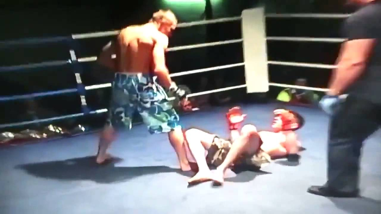 Duckling reccomend Amateur clip fight free