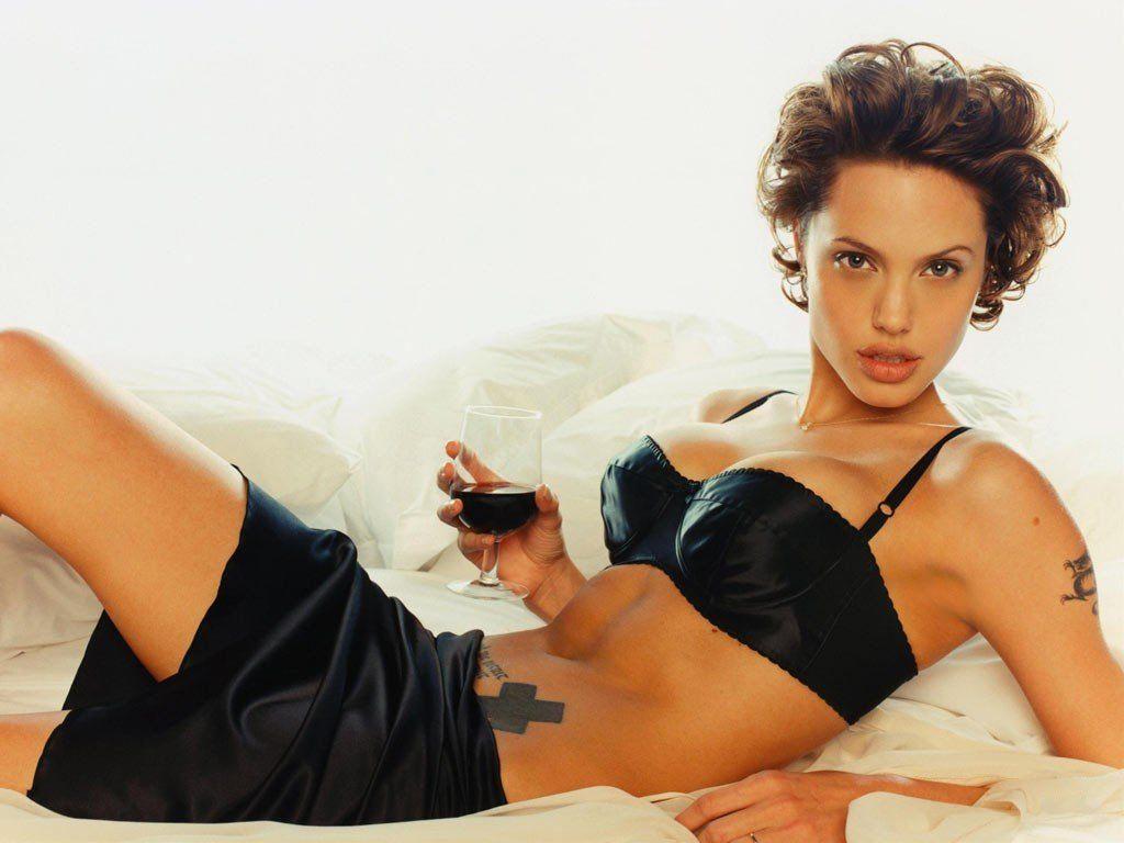 Angelina jolie bikini jolie jolie angelina