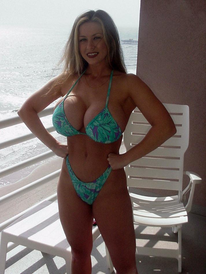 Babe bikini busty fame hall