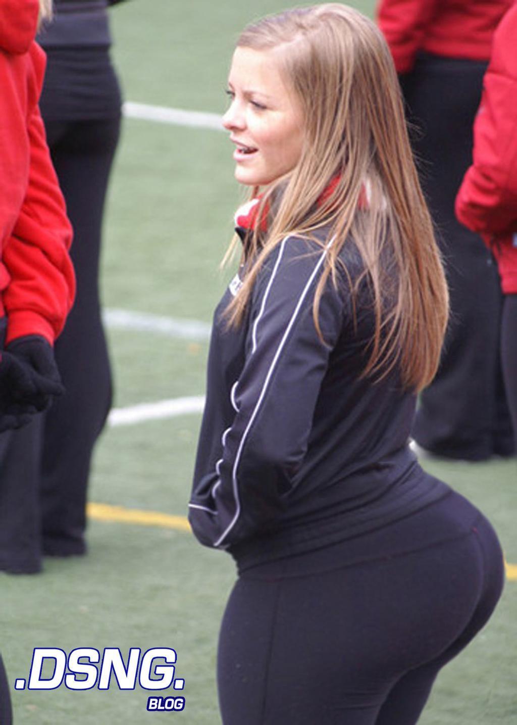 Big fat butt milf