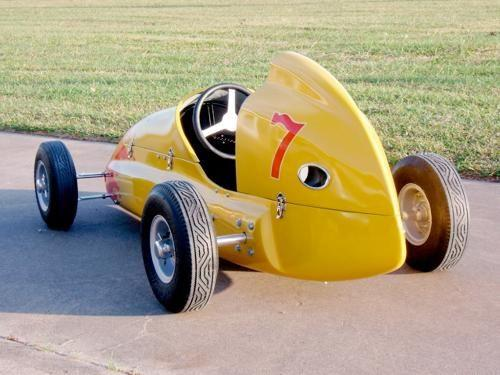 Black W. reccomend Quarter midget fiberglass tail tanks