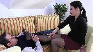 Green T. reccomend Pantyhose feet licking video