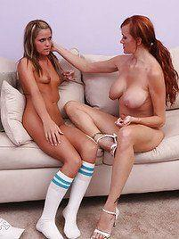 Mature and young lesbines