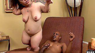 Winter reccomend Midget gets large cock