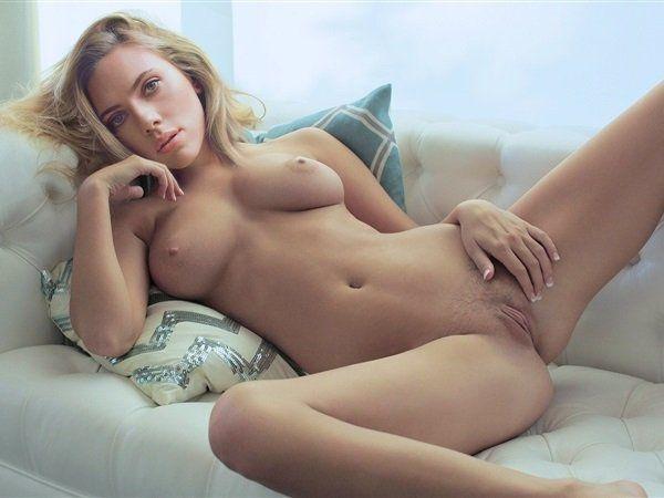 angelina jolie gets fucked naked